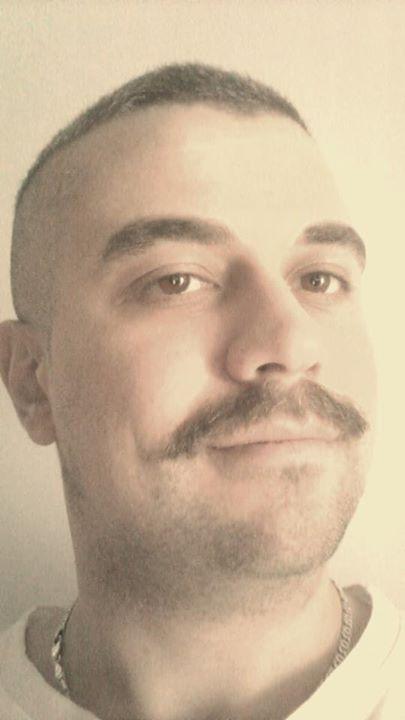 http---mustak.eu-portraits-uploads-2014-11-07-c4458c61f3d0025f4132ba004c440ce1