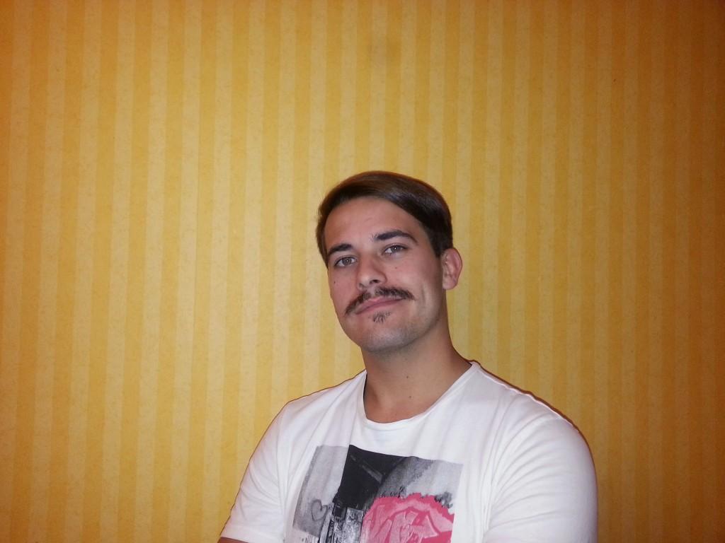 http---mustak.eu-portraits-uploads-2014-11-17-7867f8662a8efad04c4a39ae55447aa2